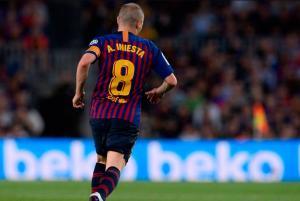 Barcelona Menghajar Vissel Kobe 2-0 , Iniesta Merasa Terhormat